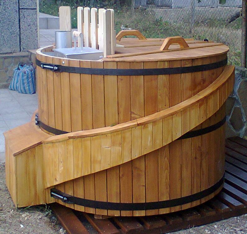 Дървени джакузита за градината
